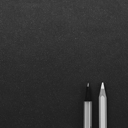 juoda-balta